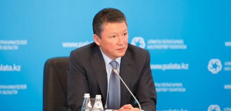 Тимур Құлыбаев мемлекеттік қызметкерлердің жалақысын өсіруді ұсынды